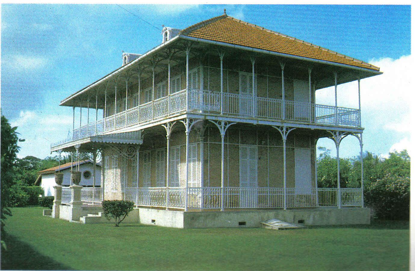 plan de maison coloniale